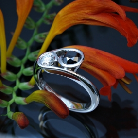 IMG_1602-pall-black-n-white-Diamond-Ring